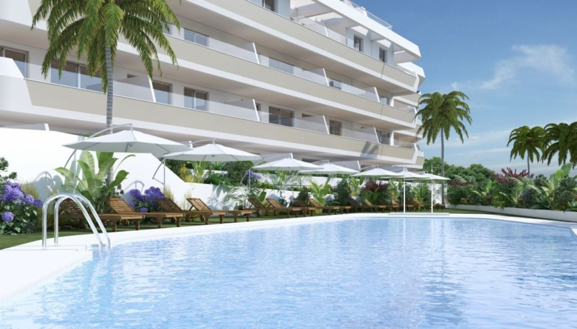 A8_Pier_apartments_Sotogrande_pool1