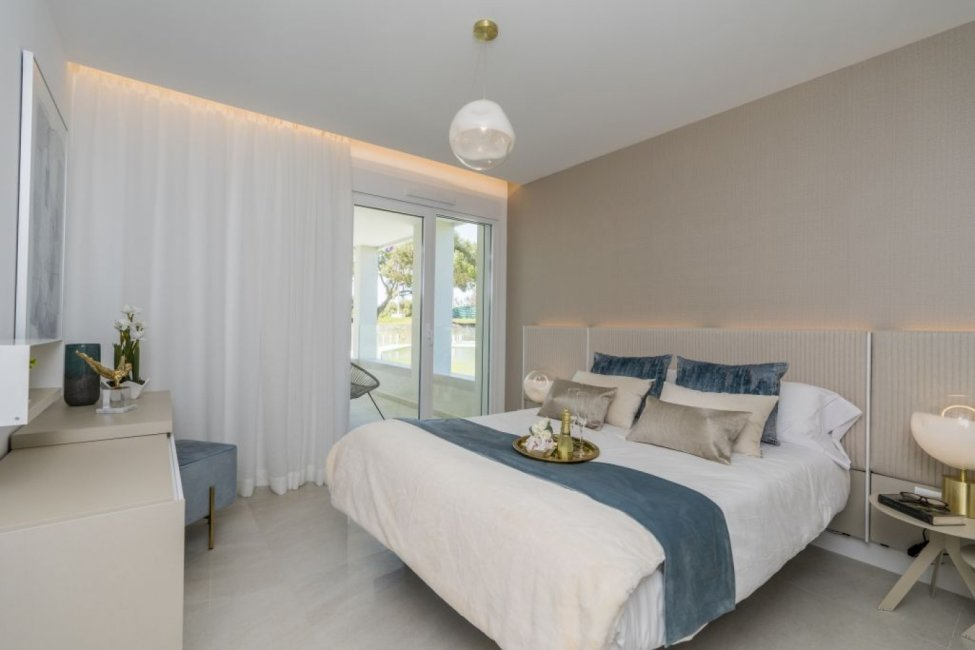 B9-Emerald Greens-apartments-San Roque-Bedroom
