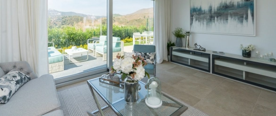 B1_Sun_Valley_apartments_Cala Resort_salon_Sept 2019
